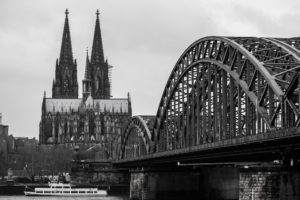 cologne-cathedral-614325_1920